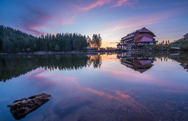 Mummelsee mit Berghotel © Tourist-Info Seebach