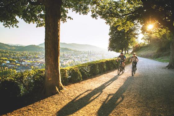 Mit dem Tourenrad auf dem Freiburger Schlossberg © Daniel Geiger/Centurion