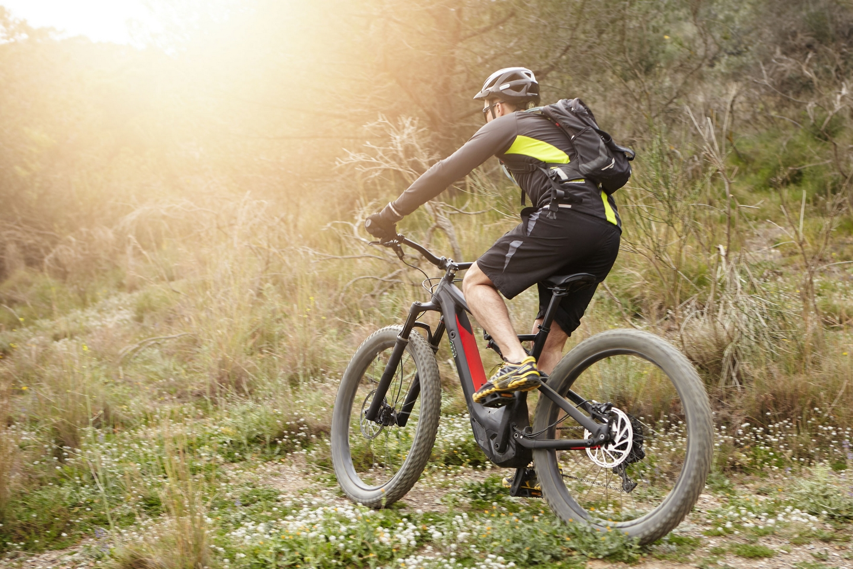 e Mountainbike ©123RF
