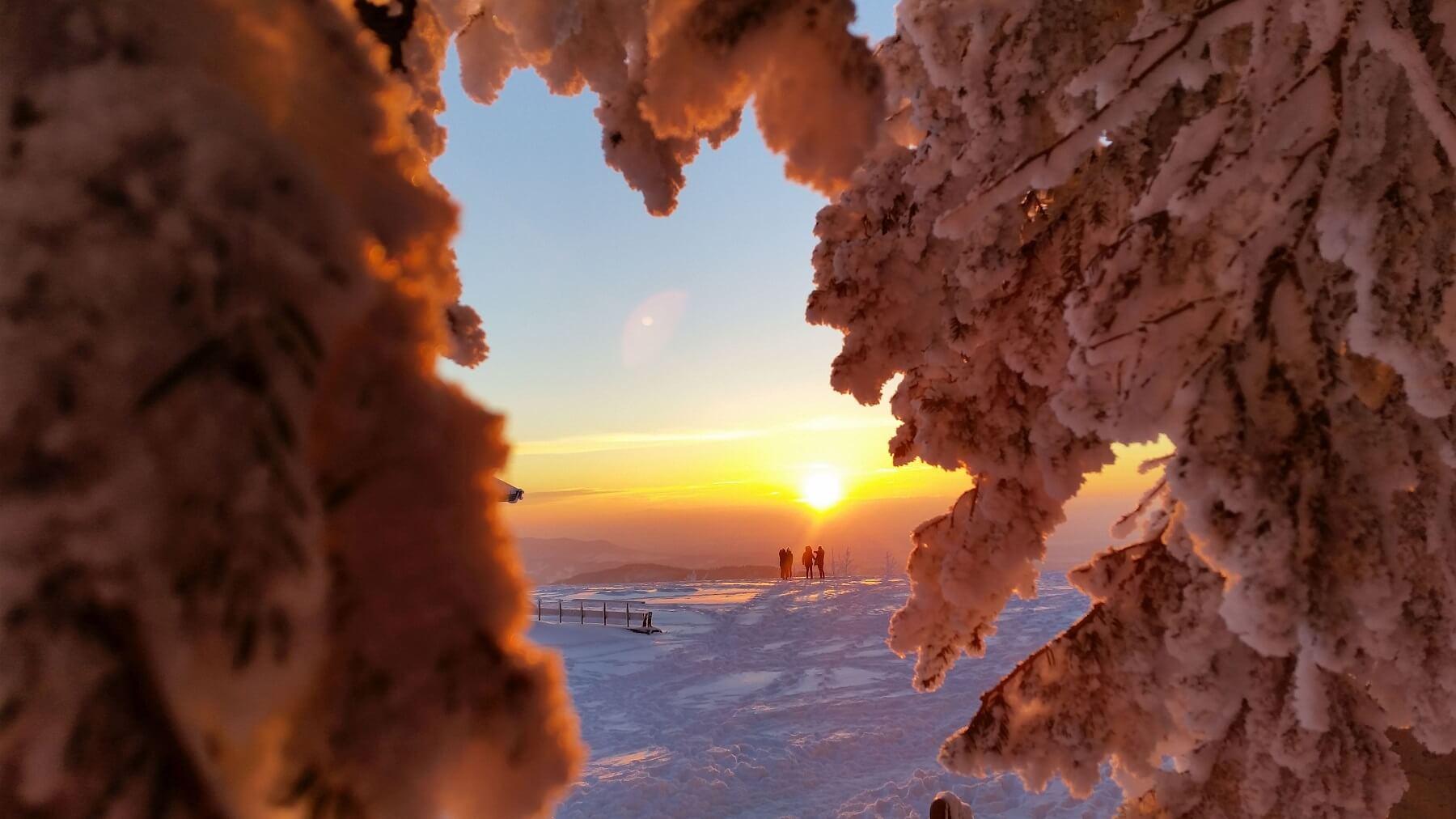 Winterlicher Sonnenuntergang Hornisgrinde