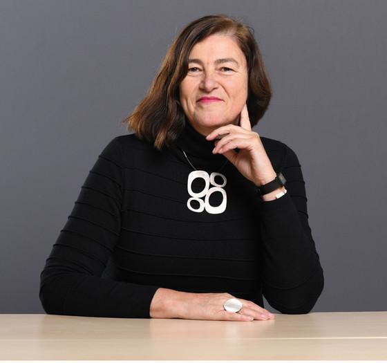 Dr. Diana Wiedemann