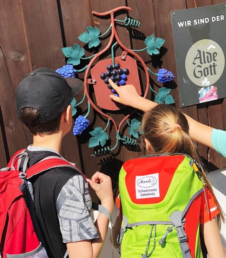 Rätsel lösen bei Annis Schwarzwald Geheimnis in Sasbachwalden