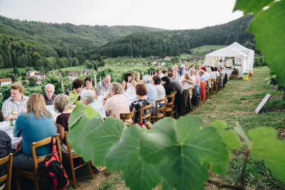 Essen im Weinberg © Chris Keller / STG