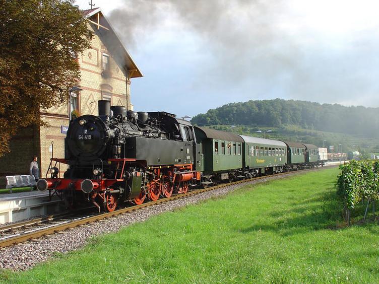Einmal rund um den Kaiserstuhl mit mächtig Dampf