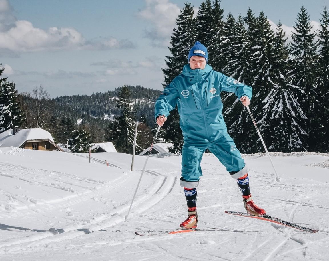 Langlauf Skating eine Person Feldberg