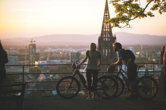 Tourenrad Freiburg mit Blick auf Münster © Daniel Geiger/Centurion
