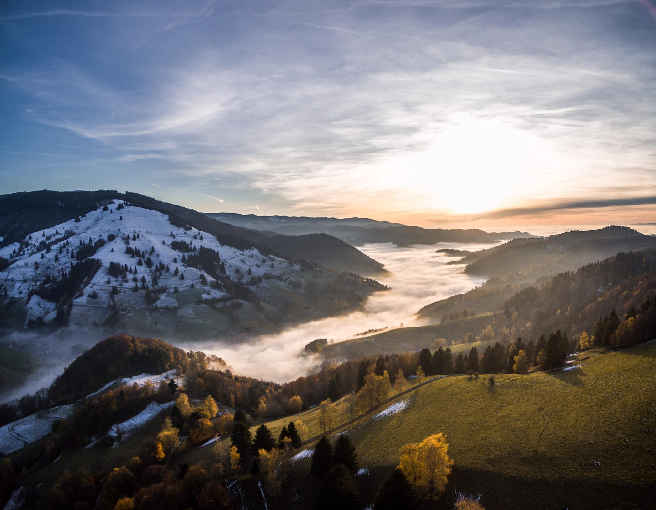 Münstertal im Nebel