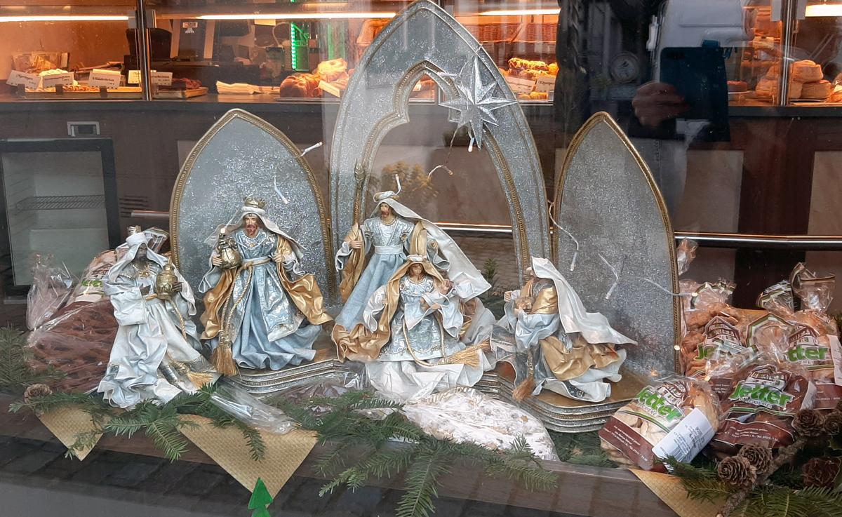 Weihnachtskrippe in der Bäckerei Jetter