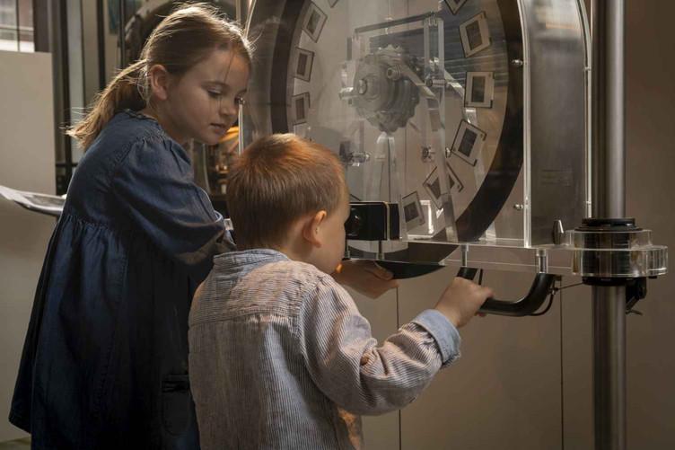 Mitmachstation im Uhrenindustriemuseum in Schwenningen