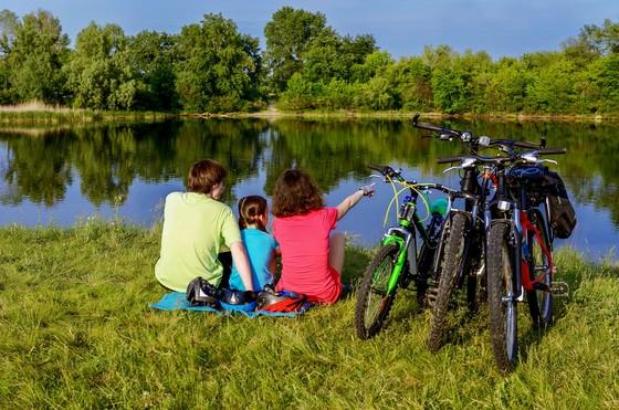 Familie Rad See ©123RF