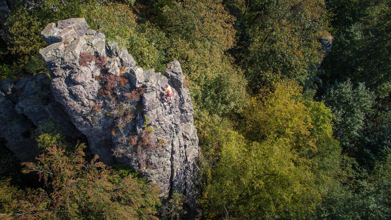 Klettern am Battertfelsen in Baden-Baden © Chris Keller / STG